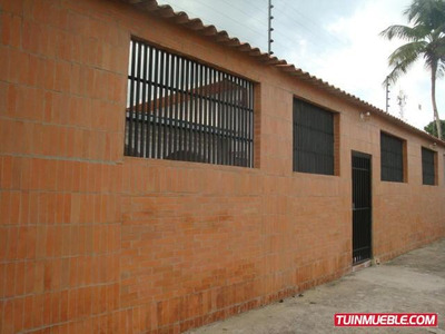Casas En Venta En La Morita Maracay Código: 17-15328