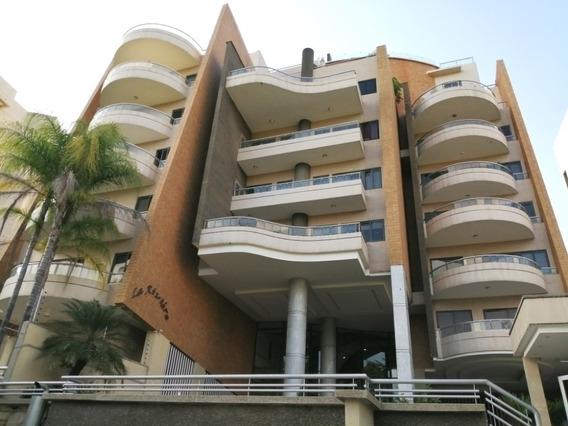 297m2 Exclusivo Apartamento Urb. Terrazas Del Country