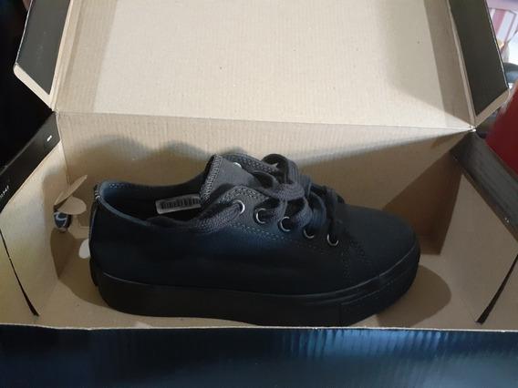 Zapatillas Marca Apie Color Negro