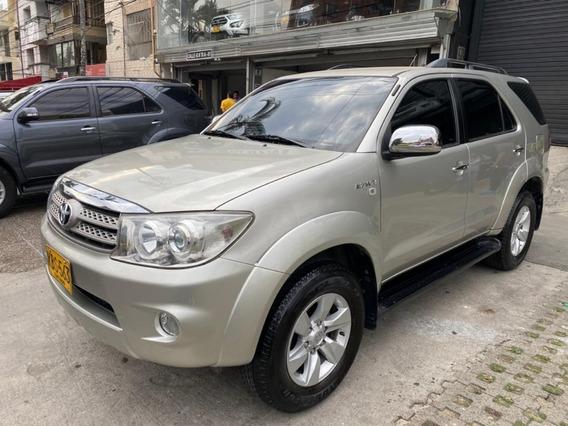 Toyota Fortuner Urbana 2,7 Aut 4x4 2010