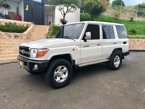 Toyota Land Cruiser Wagon Blindada 2