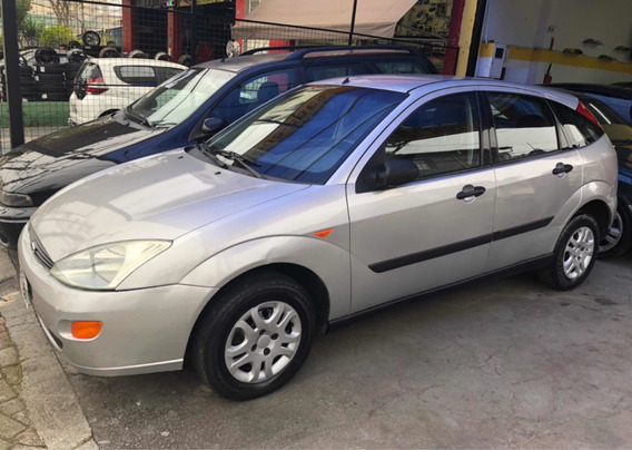 Ford Focus Hacht 1.8 5p 2002