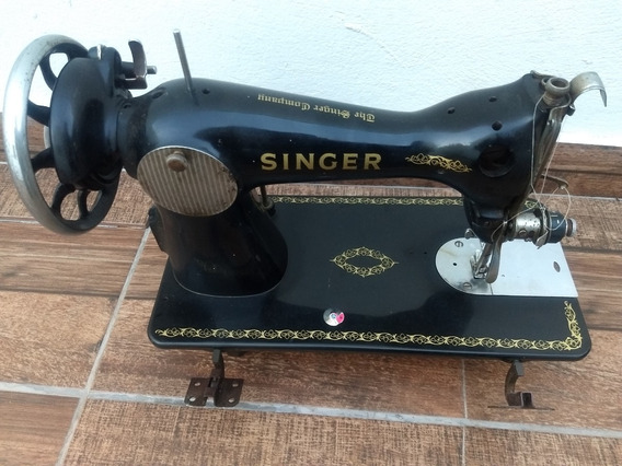 Antiga Maquina De Costura