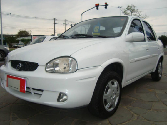 Chevrolet Corsa Sedan Milenium