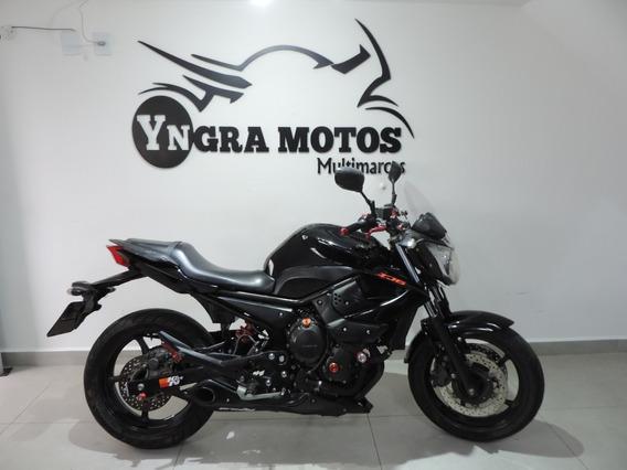 Yamaha Xj6 N 2011 Show