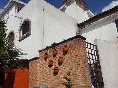 Casa En Venta En Privada En Toluca