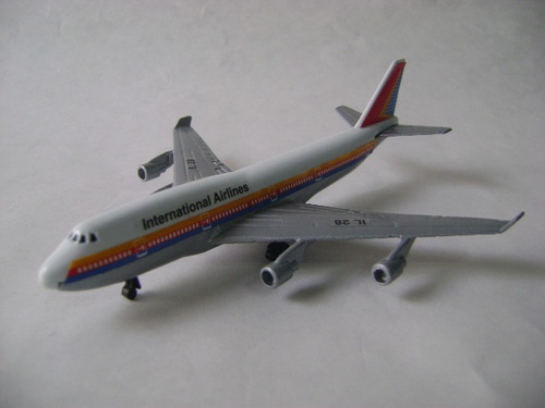 Imagen 1 de 10 de Nico Avion Metal Airlines I L 28 15 X 13 Cm (avv 37)