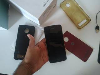 Celular Moto Z Play + Snap Jbl Sond (display Quebrado)