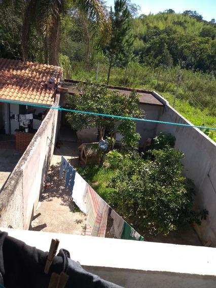 Casa C/ 4quatos E 3 Banheiros, Garag.p/2 Carros.salas,varand