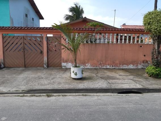 Casa Com Piscina No Balneário Praiamar Em Itanhaém!!
