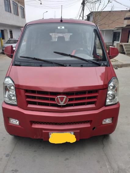Vendo Vehículo Perfecto Para La Familia 7500 Dolares