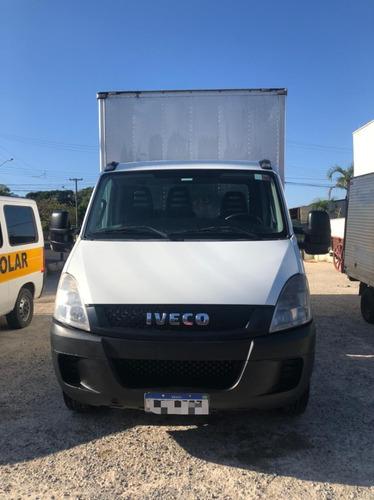 Imagem 1 de 13 de Iveco 35s14 Com Bau