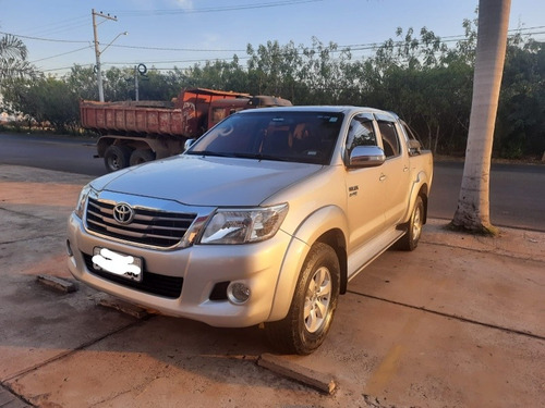 Toyota Hilux 2013 2.7 Srv Cab. Dupla 4x4 Flex Aut. 4p