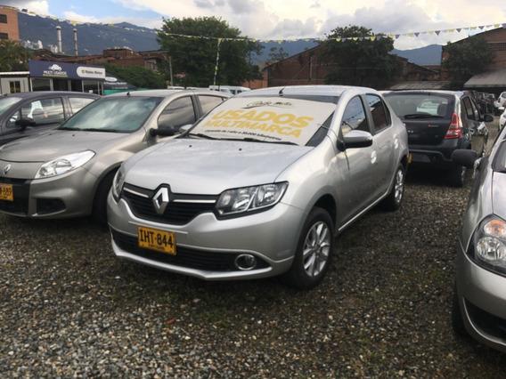 Renault Logan Privilege 1.6 Mt 16v Gris Estrella 2016 Iht844
