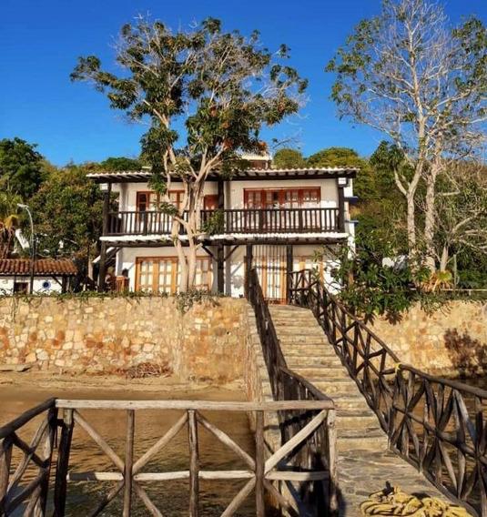 Bella Casa De Playa Venta. Bahía Ensenada Honda- Edo. Sucre