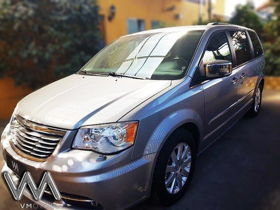 Chrysler Grand Town & Country Limited Año 2014