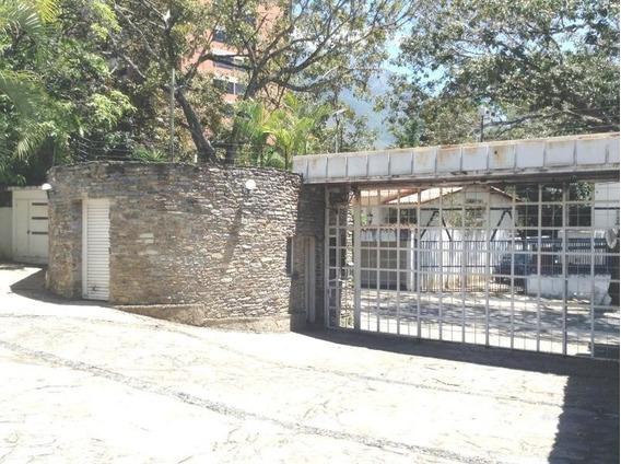 Casa En Venta La Florida , Caracas Mls #20-4588