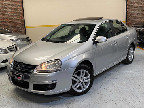 Volkswagen Vento 2.5 Luxury Wood Tiptronc 2007