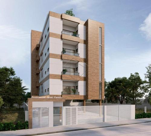 Imagem 1 de 7 de Apartamentos - Ref: V1984