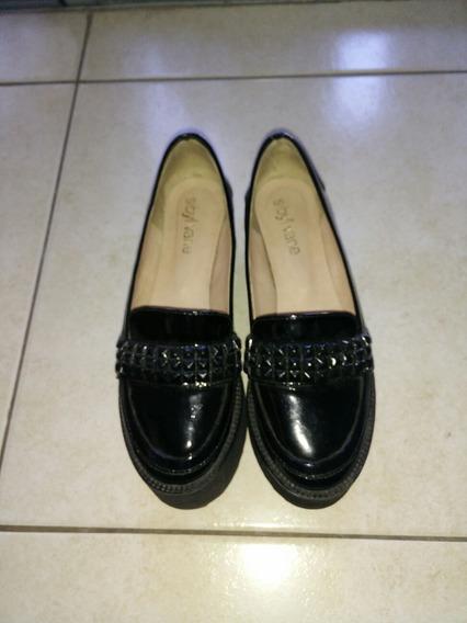 Zapatos Marca Sibyl Vane Talle 35