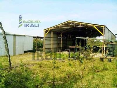 Renta Nave Industrial Tuxpan Veracruz 1,682 M² Techados 14,000 M² Terreno, Ubicada En Carretera A Cazones A 300 M. Del Entronque Con La Autopista A La Zona Industrial. Cuenta 14,000 M² De Terreno Co