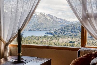 Cabañas Bariloche / Frente Al Lago Gutierrez