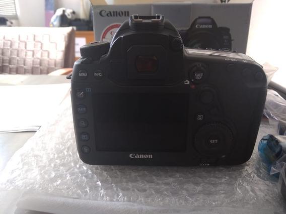 Canon 5d Mark 4 Nova