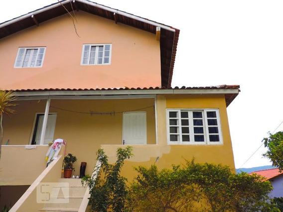 Casa Para Aluguel - Trindade, 2 Quartos, 60 - 893099243