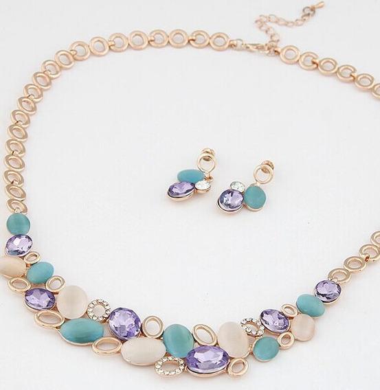 Collar Oro Con Opalo Y Cristales Austriacos Con Aretes