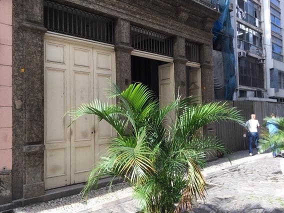 Loja Para Alugar Na Rua Candelária, Centro, Rio De Janeiro - Rj - Liv-5331