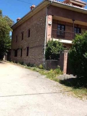 Residencia Descanso O Vacacio En Carriazo, Cantabria, España