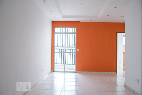 Apartamento Para Aluguel - Rio Branco, 3 Quartos,  74 - 892995246