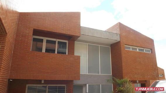 Villa En Venta Loma Linda Mls-19-4813