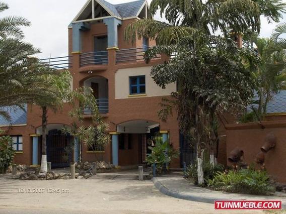 Casas En Venta 19-5415 El Rincon Mz 04244281820