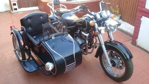 Motomel Custon 200 Con Sidecar