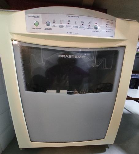 Imagem 1 de 5 de Máquina De Lavar Usado
