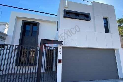 Se Vende Hermosa Casa Ubicada En Fraccionamiento Vista Hermosa, A $282,000 Usd