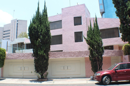 Imagen 1 de 30 de Residencia En Venta Con Excelente Proyecto Arquitectónico