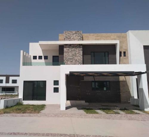 Imagen 1 de 15 de Casa En Venta En Altozano Gòmez Palacio, Durango