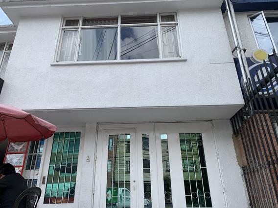 Casa En Venta Barrio Normandía Engativá Mls 20-744