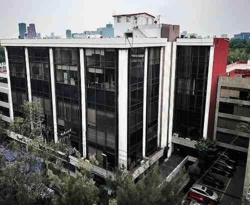 Excelente Oficina En Renta De 110 M2 En Loma Hermosa.