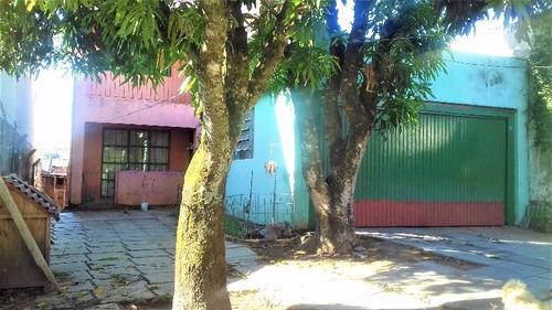 Casa Em Vila Nova Com 4 Dormitórios - Lu265418