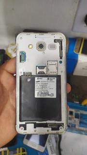 Samsung J5 Faltando A Tela ( Sem Bateria) Placa Perfeita