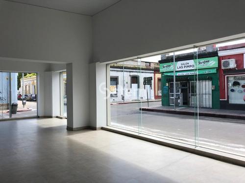 Alquiler Anual Y Venta De Local Comercial, Centro, Maldonado.- Ref: 1723