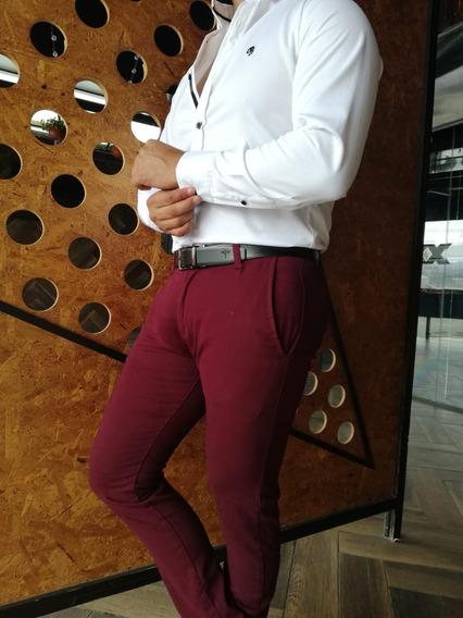 Pantalon De Gabardina Corte Skinny Color Vino Johans