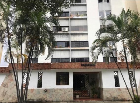 Apartamento En Venta, Valles De Camoruco , Valencia, Gf 19*1