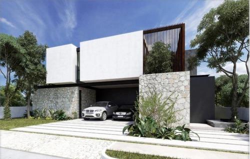 Hermosa Residencia En Yucatán Country Club