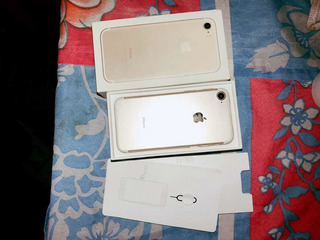 iPhone 7 Gold 128 Gbs