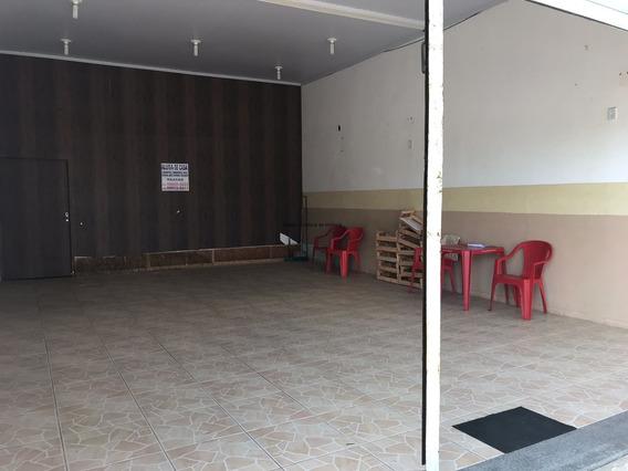 Excelente Ponto Comercial No Centro De Barra De São João.