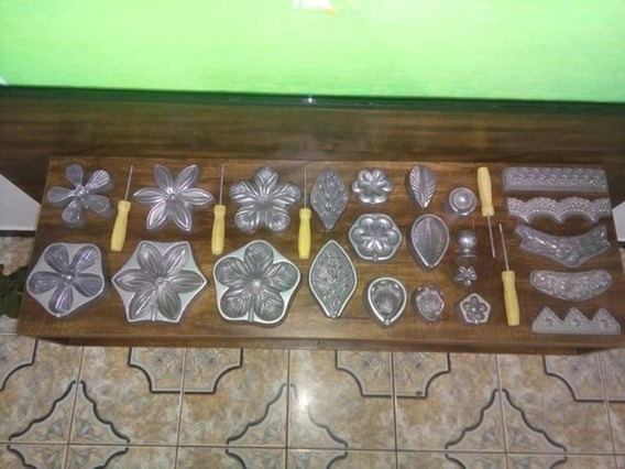 Kit Frisador Flores, Tecidos E Eva Em Alumínio